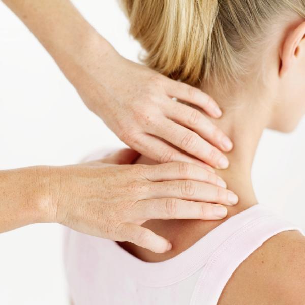 http://www.chiropracteur-plaisance.fr/wp-content/uploads/2017/01/1massagechiropractic__9_.jpg